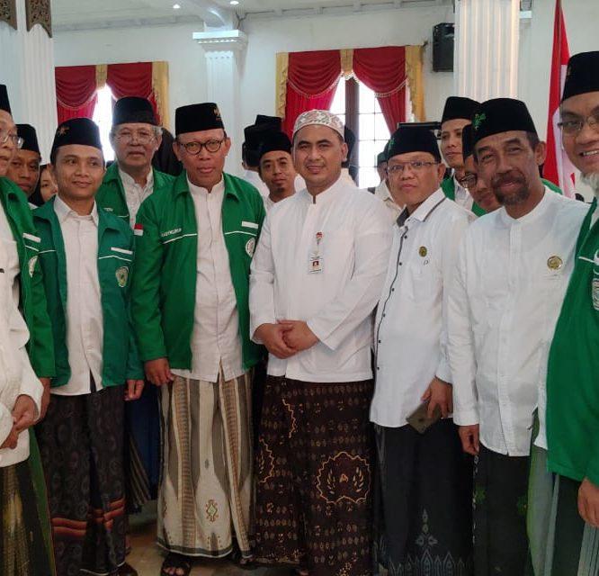 Di Semarang Rektor Unisma Hadiri Pelantikan dan Deklarasi Dosen ADN