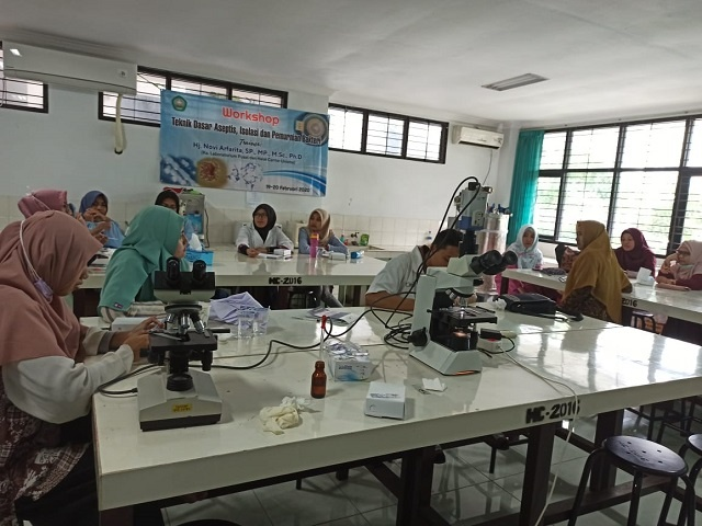 HALAL CENTER UNISMA GELAR WORKSHOP ASEPTIS